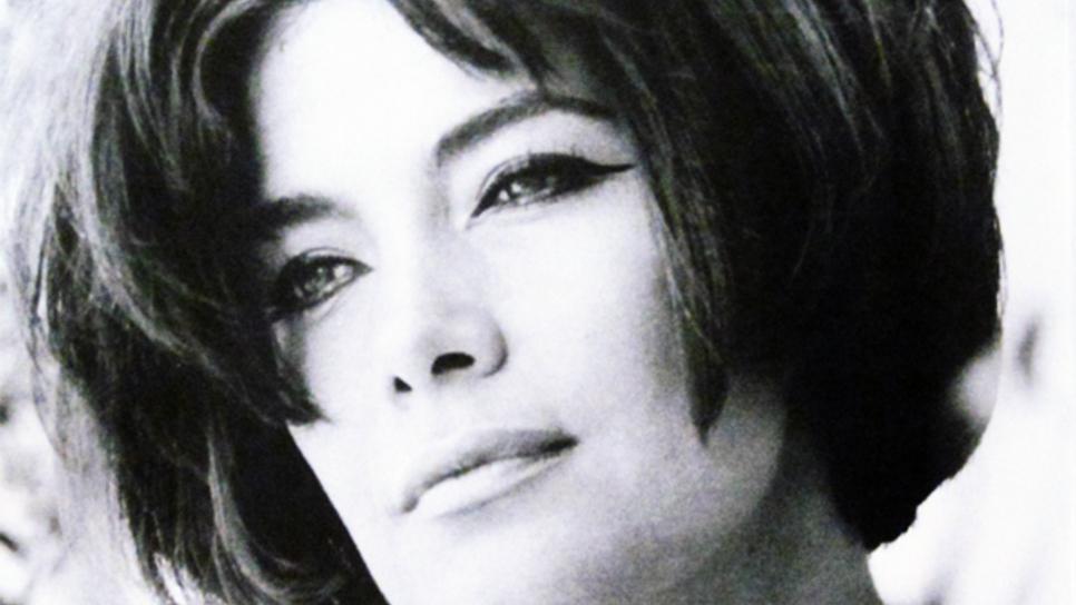 Η Τζένη Καρέζη αγάπησε και αγαπήθηκε έντονα, για πάντα
