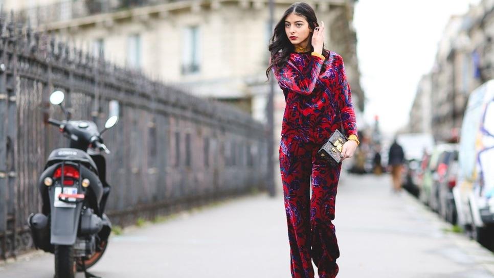 Οι γυναίκες στο Χόλιγουντ είπαν αντίο στα κολάν γι  αυτό το άνετο και  οικονομικό παντελόνι   Fashion   Woman TOC 46d9f6018d3