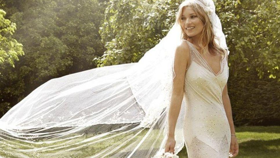 Αυτό το οικονομικό νυφικό έχει εμπνευστεί από τον boho chic γάμο της Κέιτ  Μος   Fashion   Woman TOC 2be706a060e