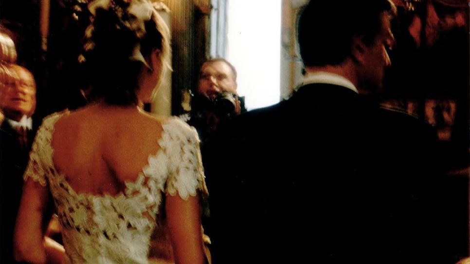 Προοιωνίζεται ένα ωραίο νυφικό ένα καλό γάμο  Ένα tribute στον οίκο  Μαυρόπουλο   Life   Woman TOC 1d19bc34604