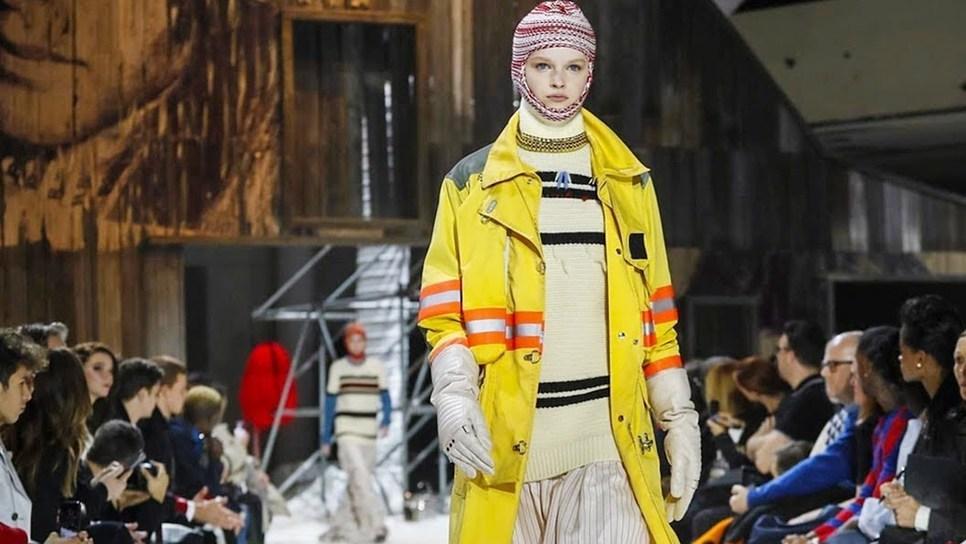 Calvin Klein: Ένα χρωματιστό αλλά ζοφερό μέλλον