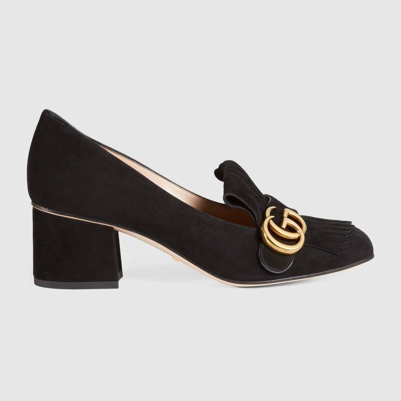 H Τζένιφερ Άνιστον φόρεσε τα πιο διαχρονικά παπούτσια! Θεωρούνται η καλύτερη επένδυση μόδας στον κόσμο