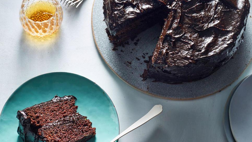 Σοκολατένιο κέικ με αβοκάντο, χωρίς αυγά και βούτυρο