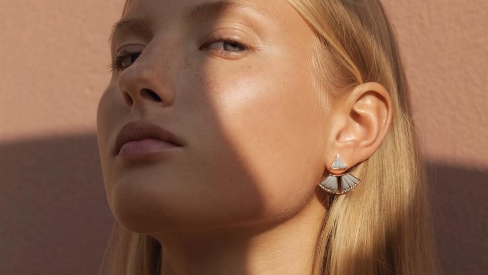 Τα ελληνικά κοσμήματα από μάρμαρο που θα λατρέψεις