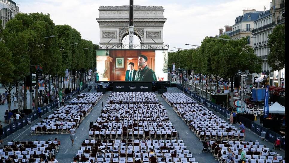 Το ομορφότερο θερινό σινεμά στον κόσμο: Στο Παρίσι