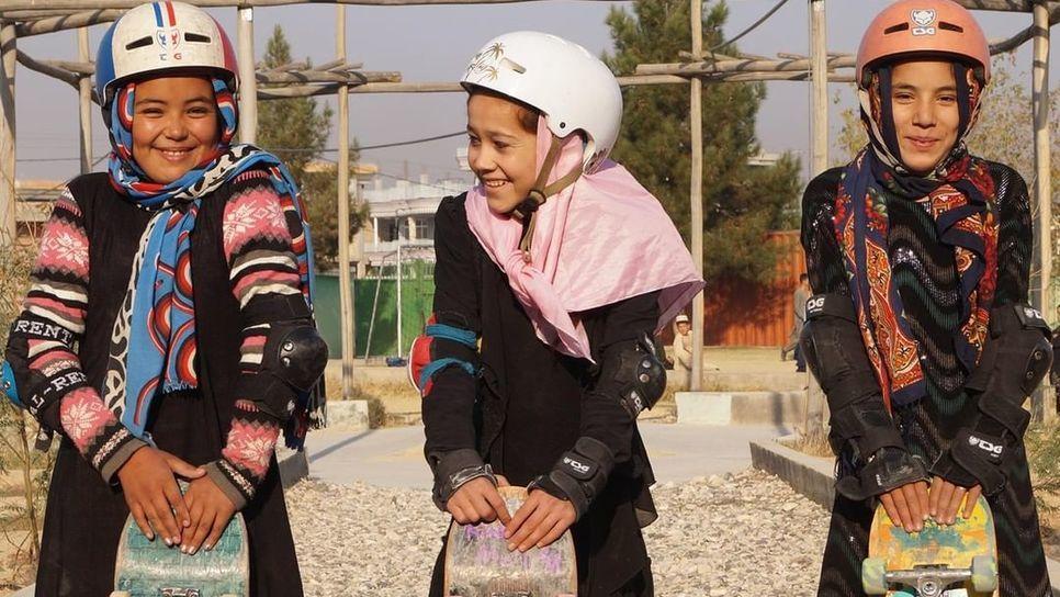 Το σκέιτμπορντ σώζει τα κορίτσια στο Αφγανιστάν