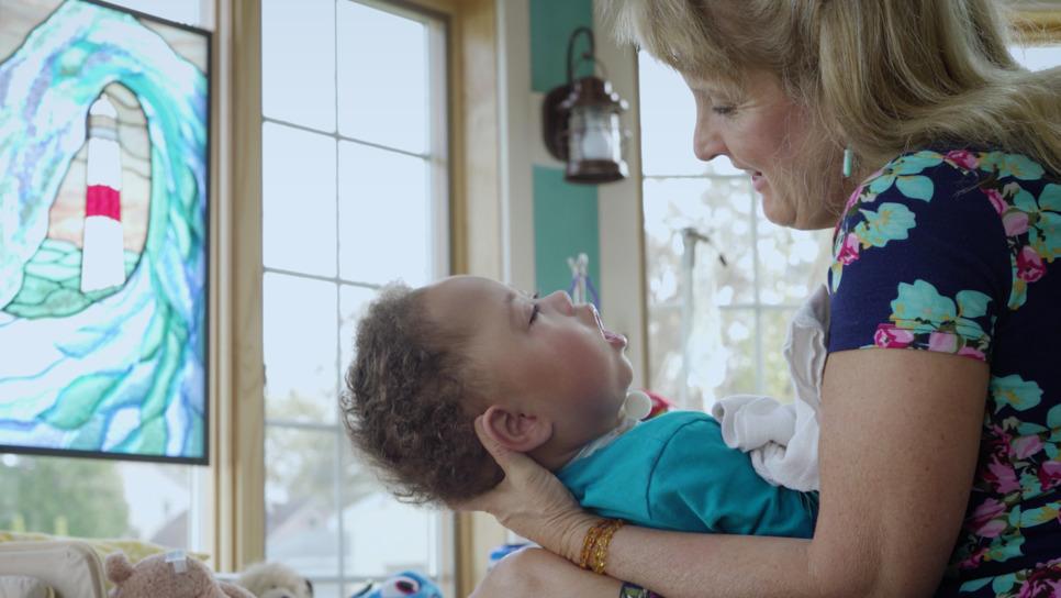 Ζευγάρι φροντίζει παιδιά με τερματικές ασθένειες