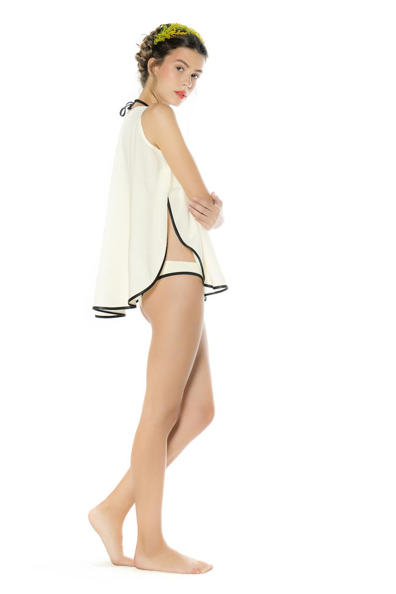 1bd9271a163 «Το όνομα του brand Maan προκύπτει από τα αρχικά μου Μαριλένα Ανδρεάδη.  Πάντα μου άρεσε που ηχητικά σημαίνει άντρας ενώ η συλλογή, τα γυναικεία  maillot και ...