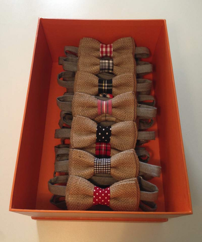 Τα παπιγιόν από λινάτσα αποτελούν το best seller του Gi Pap ae41431720b