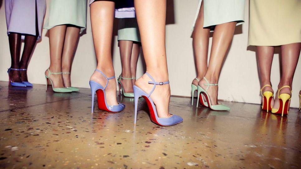 9 +1 παπούτσια που θα μονοπωλήσουν το ενδιαφέρον ... 1b6b490123f