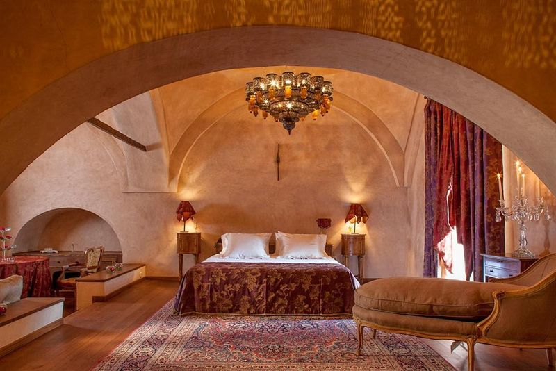 Αυτό το ξενοδοχείο στην Καβάλα, είναι σαν να βγήκε από το λυχνάρι του Αλαντίν!