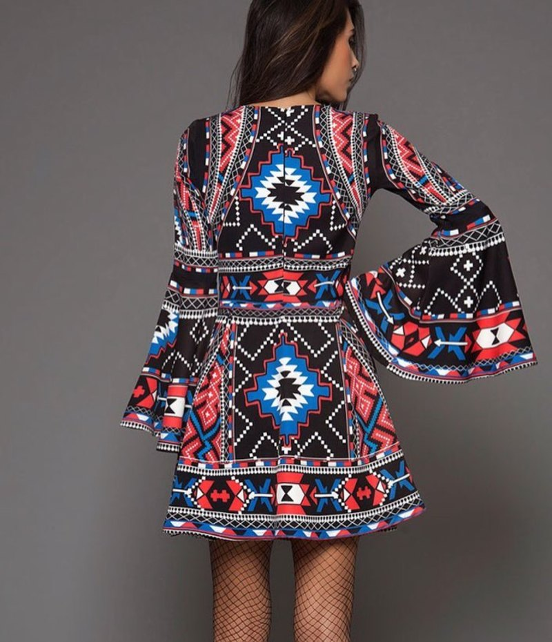 Γυναίκες ετοιμαστείτε  Αυτό είναι το νέο ελληνικό brand Peace ... 25bb746ae4b