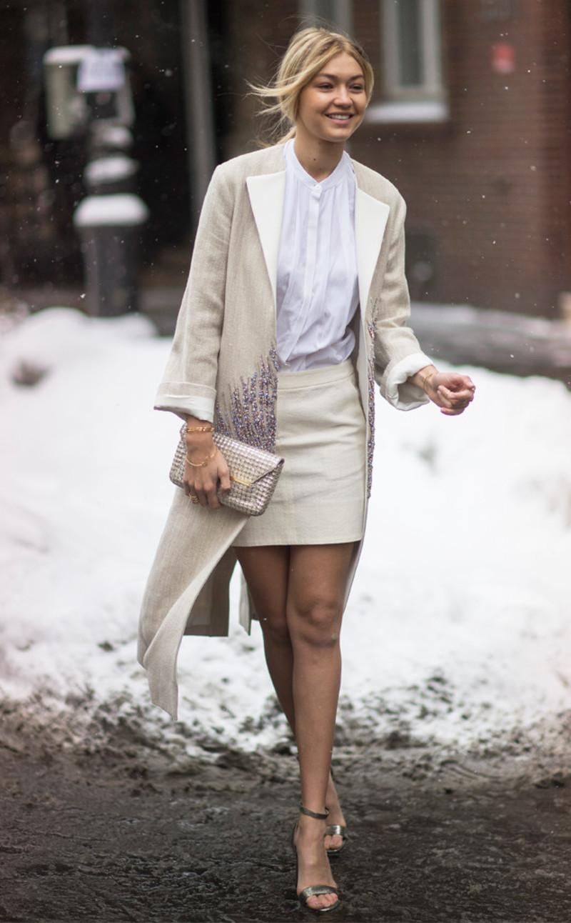 7cd9e729d37 Τελικά πότε φοράμε καλσόν το χειμώνα και πότε όχι; / Fashion / Woman TOC