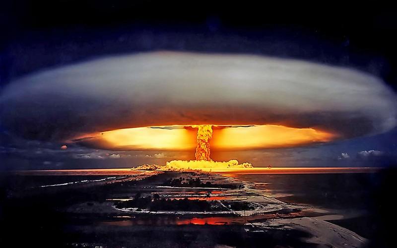 4 τρόποι που ο Στίβεν Χόκινγκ πιστεύει ότι θα τελειώσει η ανθρωπότητα