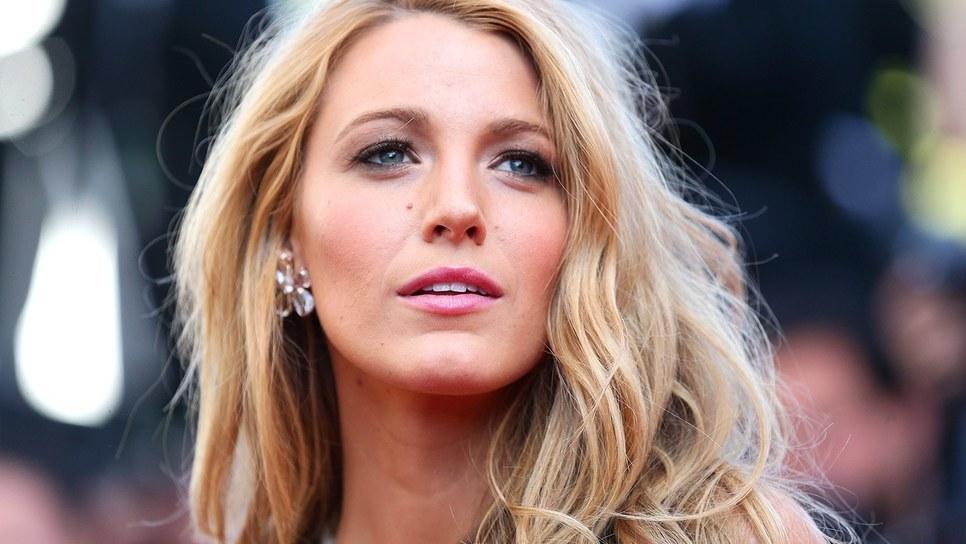 Η εκπληκτική μεταμόρφωση της Blake Lively. Τι ακριβώς έχει αλλάξει πάνω της    Celebrities   Woman TOC 984b75de238
