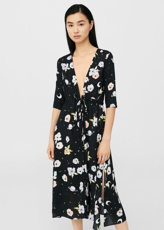 a7334dadd4b0 Το μοναδικό φόρεμα που κολακεύει κυριολεκτικά όλες τις γυναίκες για ...